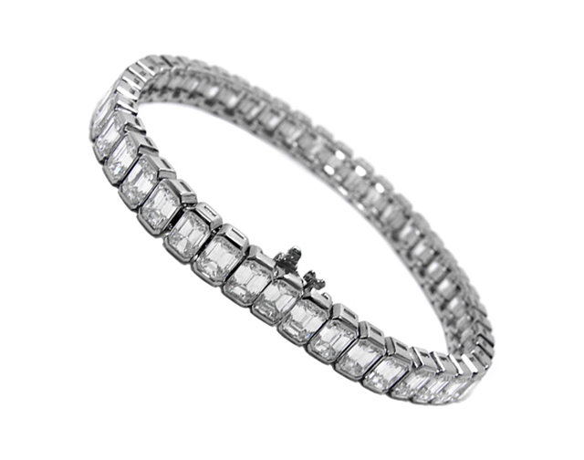 10 Carat Diamond Tennis Bracelet Luxurious Sporty