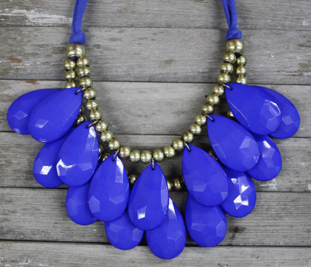 blue bib necklace