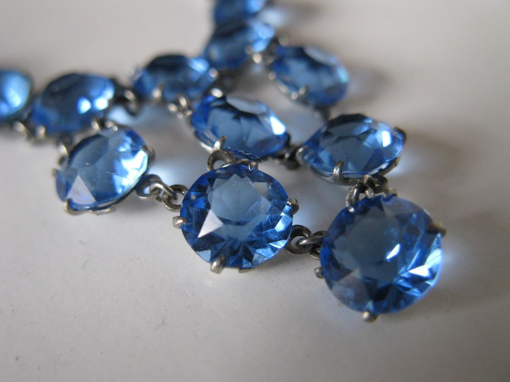 blue crystal necklaces