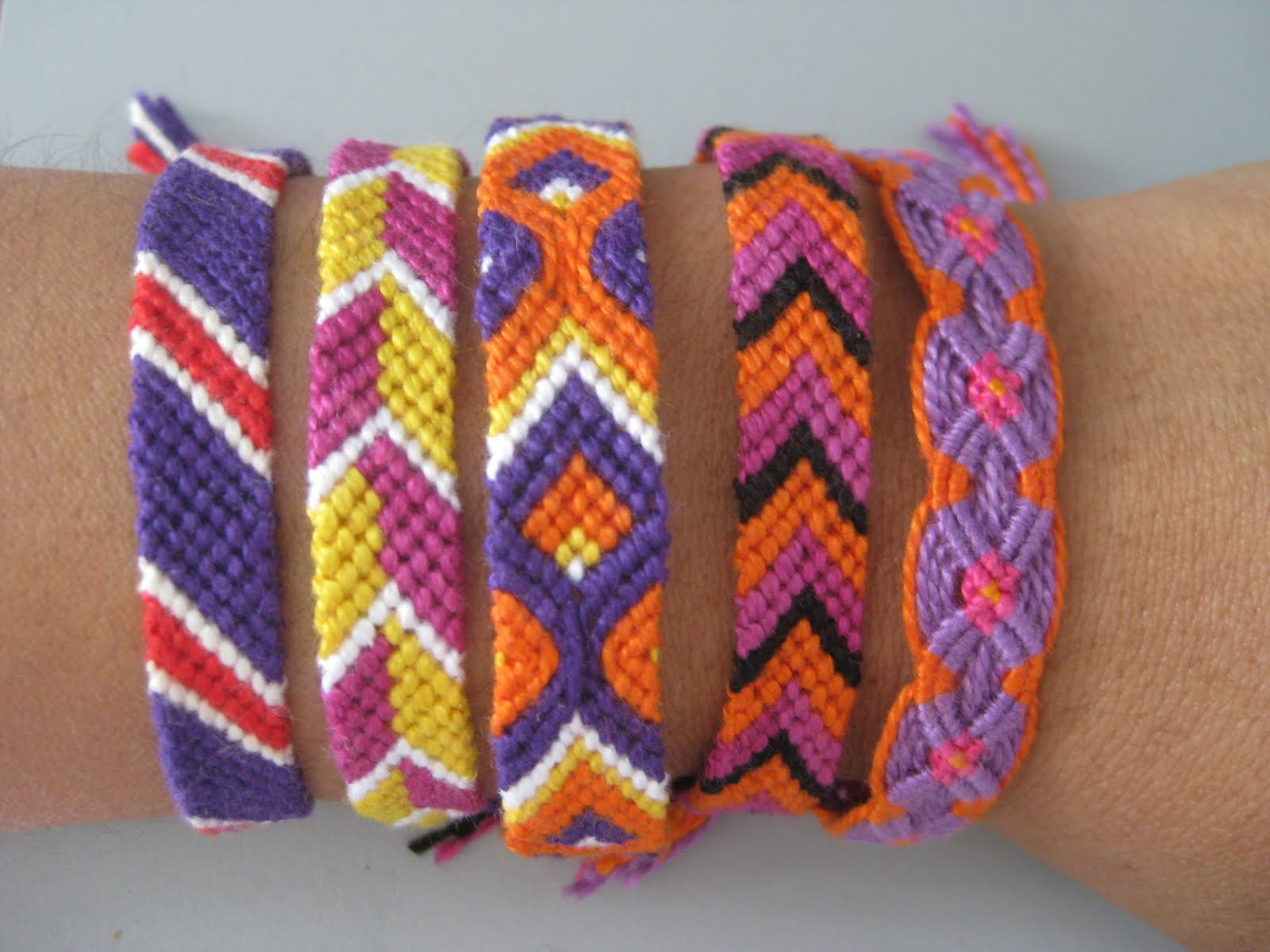 cool bracelets to make with string