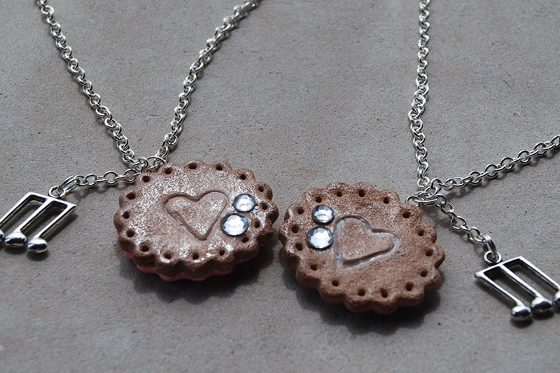customized friendship necklaces