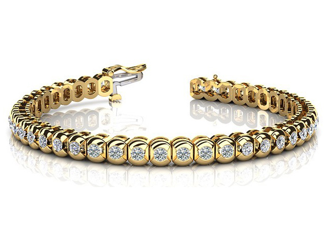 diamond tennis bracelet yellow gold