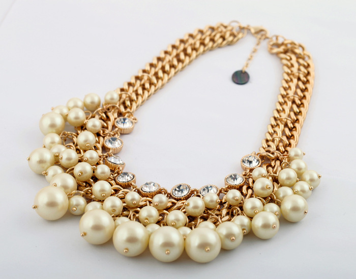 gold chunky necklaces