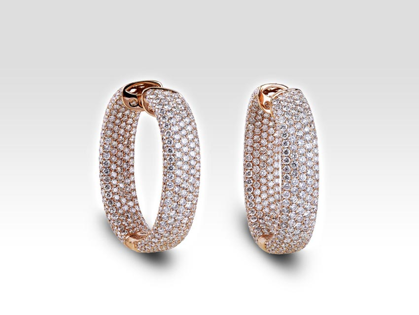 gold diamond hoop earrings