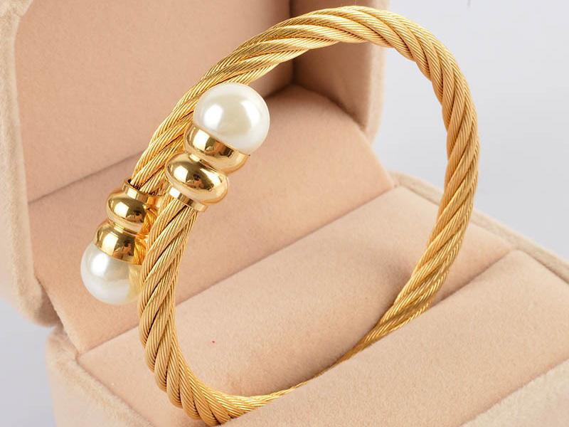 pearl bracelet designs