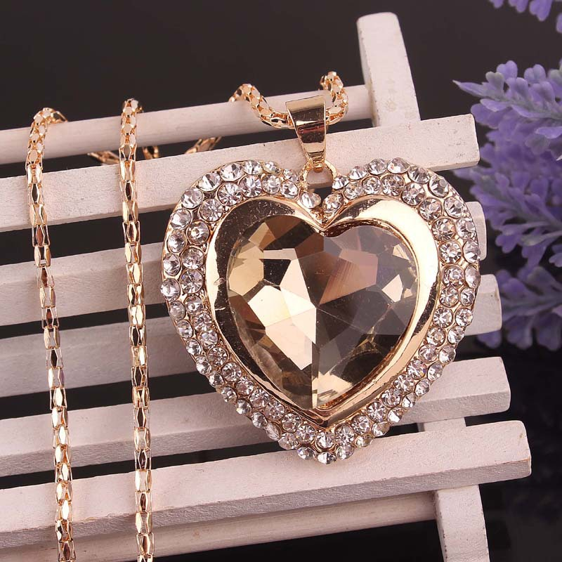 pretty heart necklaces