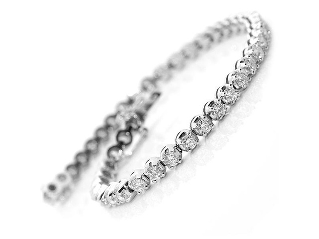 tennis bracelet diamond