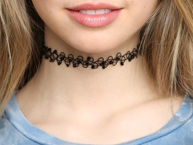 choker necklace 90s