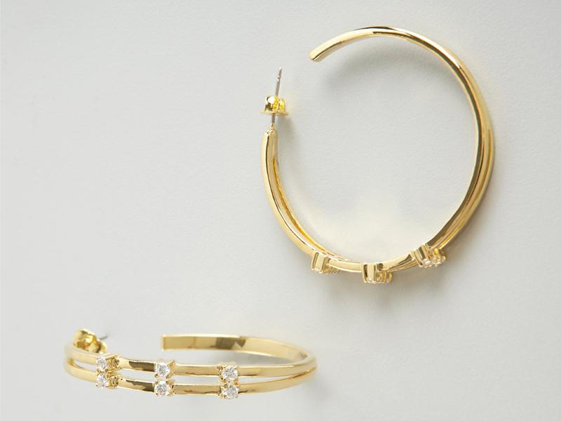 gold hoop earrings for women