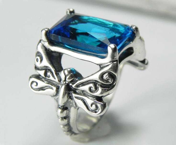 unique gemstone rings